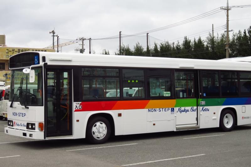 琉球バス交通 レインボーHR PK-HR7JPAE 元 京浜急行バス